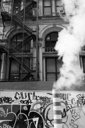 Errores comunes en fotografía y cómo corregirlos: Chimenea y Graffiti