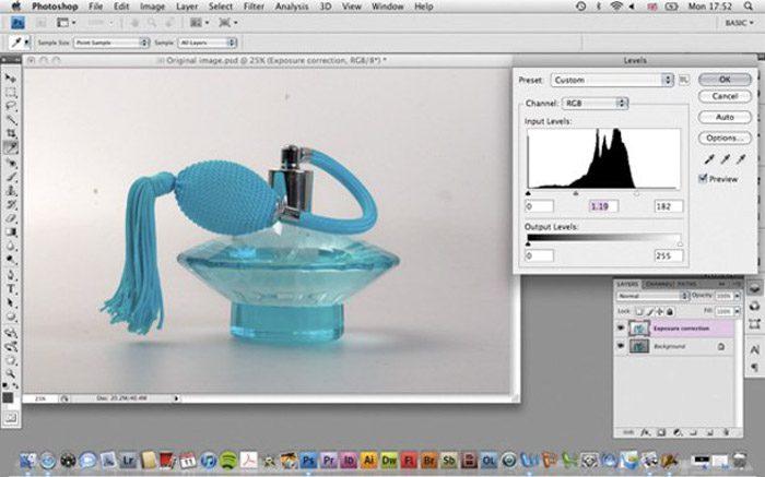 Uso de Adobe Photoshop para postprocesar las imágenes fotográficas de su producto
