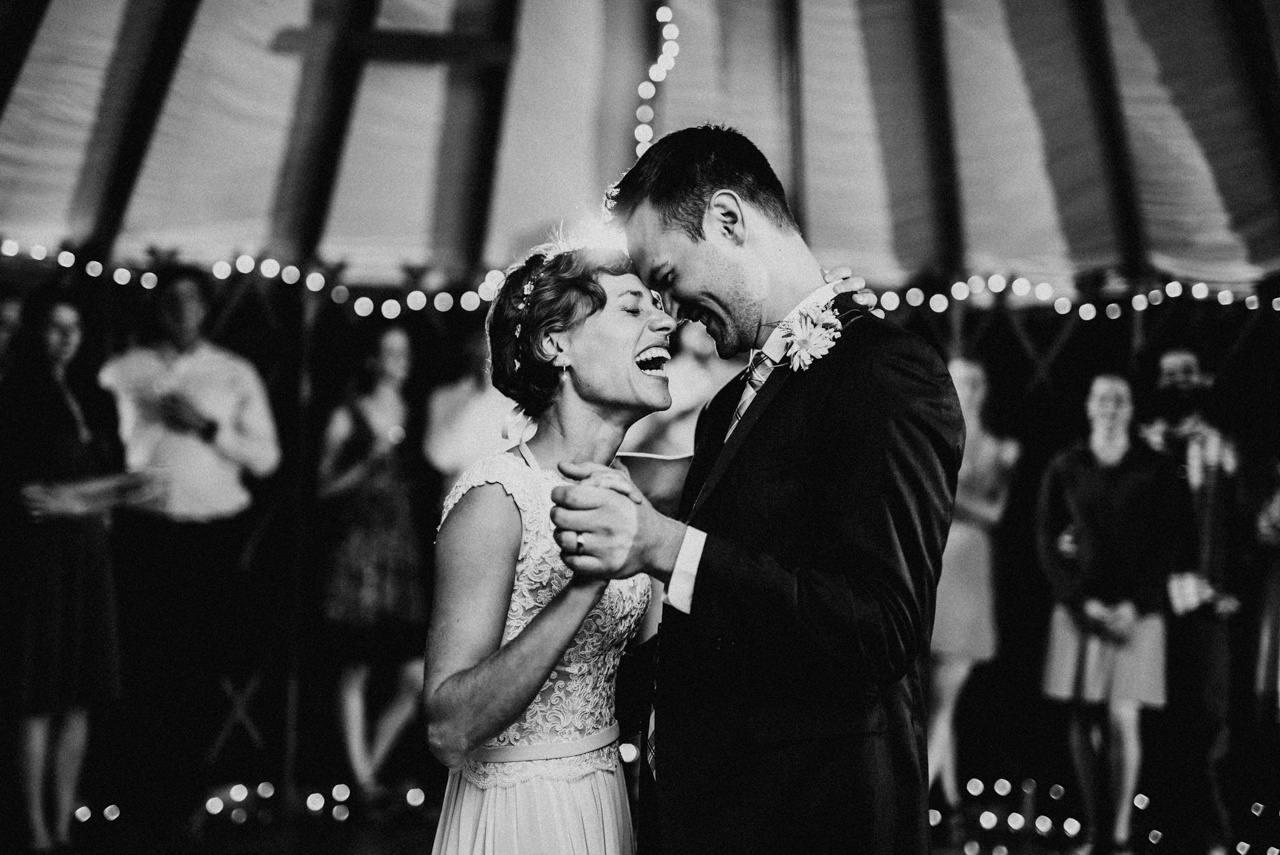poses de boda para parejas