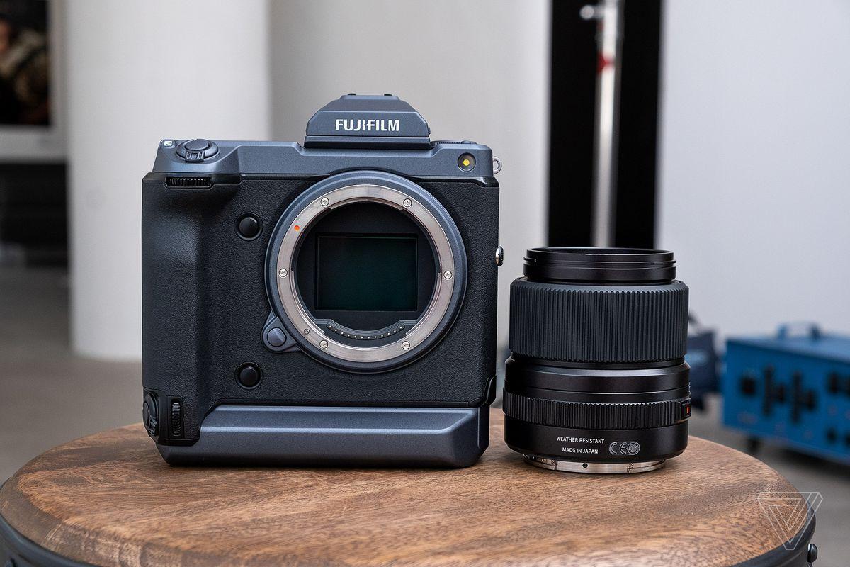 Fuji GFX 100 de$ 13,000