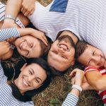 35 ideas y poses familiares para fotos geniales